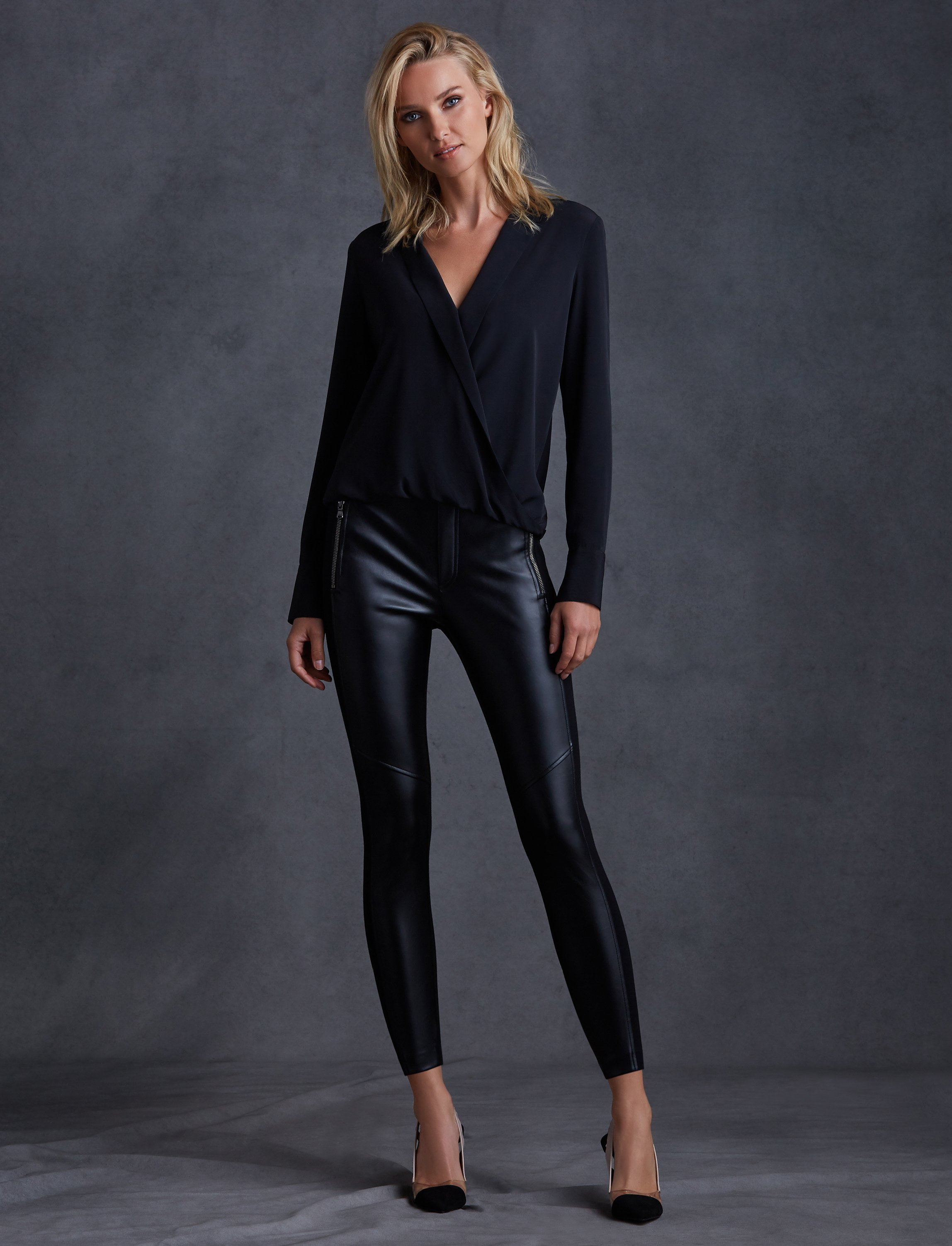 Image of Sloane Solid Top
