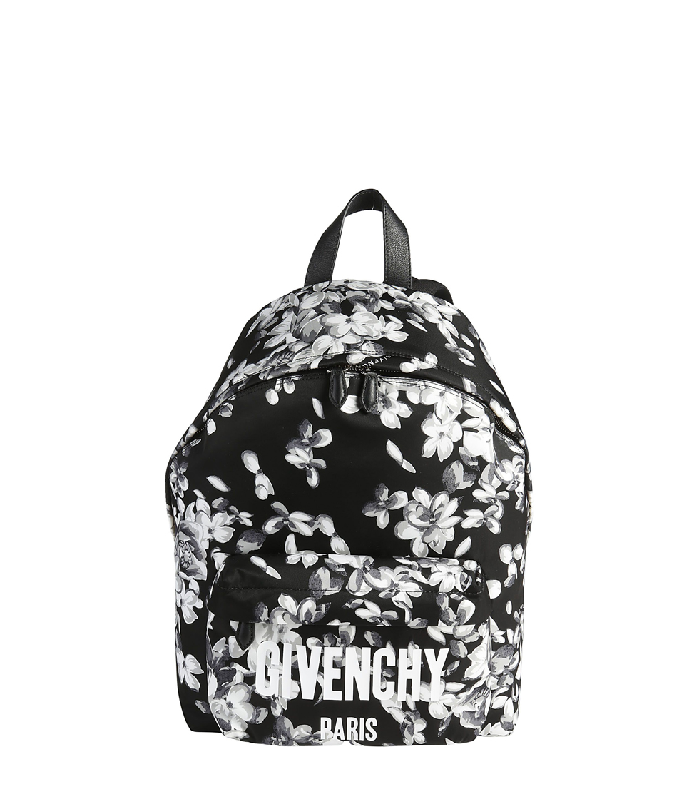 https://www.italist.com/en/Men/Bags/Backpacks/Givenchy-Backpack/10366319/10535947/Givenchy/