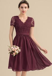 A-Line/Princess V-neck Knee-Length Chiffon Lace Bridesmaid Dress (007153321)